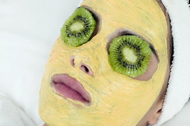 Turmeric Face Mask To Lighten Skin Stylefox